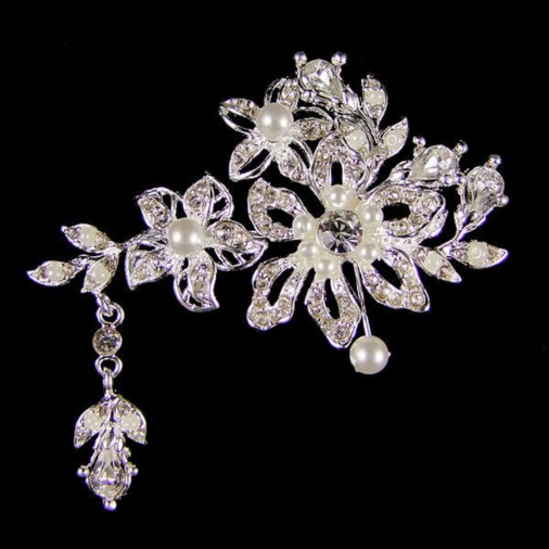 Crystal & Pearl Flower Brooch