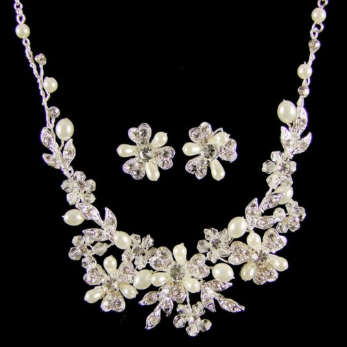 Catherine Crystal Bridal Necklace Set (Silver)