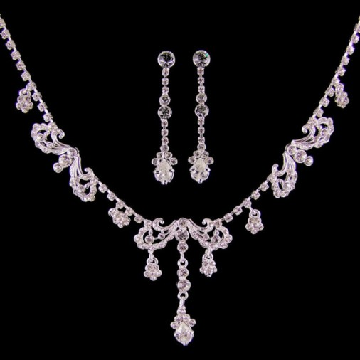 Eliza Diamante Sparkling Necklace Set (Silver)