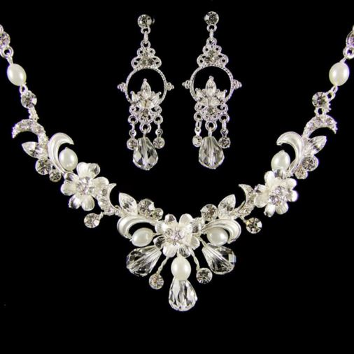 Veronika Pearl & Crystal Wedding Jewellery Set (Silver/White)