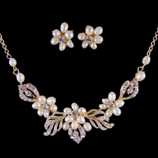 Frederica Pearl & Diamante Necklace Set (Gold)