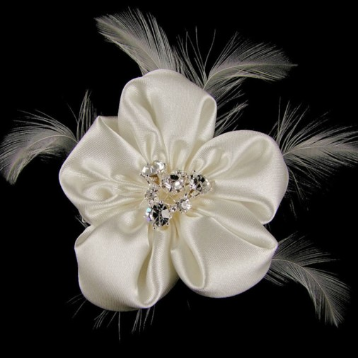 Sinaid Ivory Wedding Hair Flower on Clip