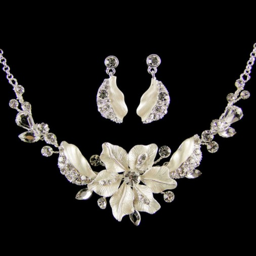 Adrienne Bridal Necklace Set (Silver)