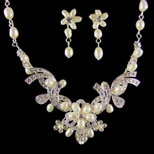 Leonora Pearl & Crystal Wedding Necklace Set (Silver)