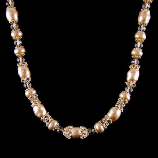 Vintage Deluxe Pearl Necklace
