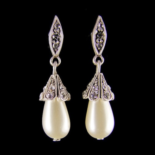 Harlowe Vintage Earrings White