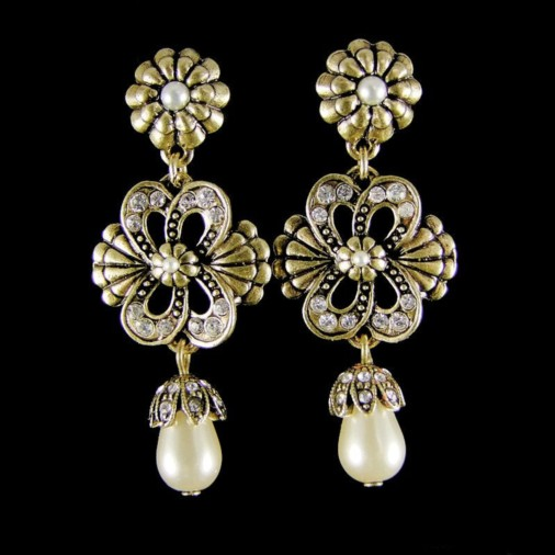 Antoinette Earrings (Gold)