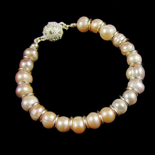 Magnetic Clasp Freshwater Pearl Bracelet Champagne
